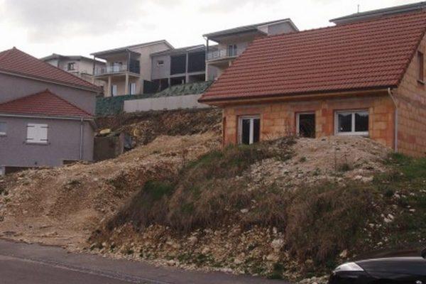 maison neuve frontiere suisse 1gj7h49e125